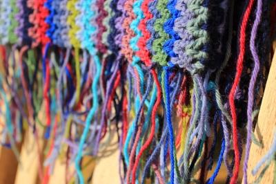 crochet blanket sewing in ends